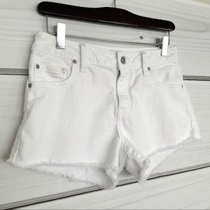 SUNDAY BEST Aritzia White Denim Shorts Raw Hem